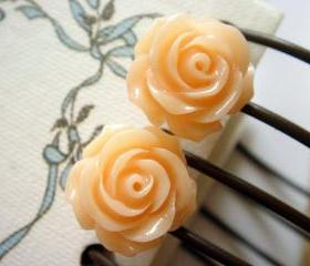 Pale Peach Full Bloom Rose Stud Earrings