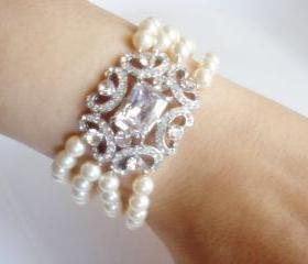 Hallie Diamond Statement Pearl Bridal Bracelet
